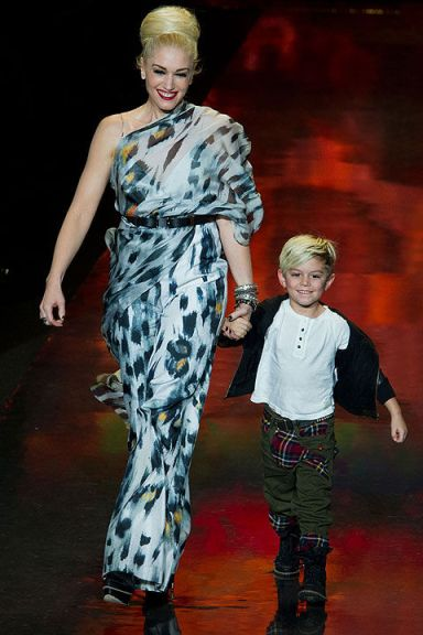 L.A.M.B. LAMB runway 2011 fashion week Gwen Stefani and son black and white dress