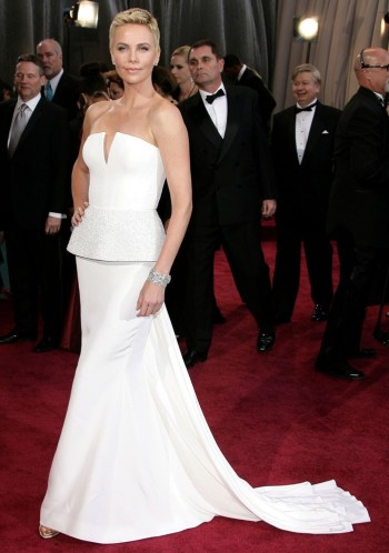 best dressed celebrities presenters oscars 2013 winter white