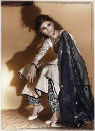 A sample from Payal Singhal's recent Taj collection.