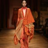 Tarun Tahiliani FW 2013-photos c/o of WLIFW