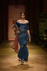 Tarun Tahiliani FW 2013- photos c/o WLIFW
