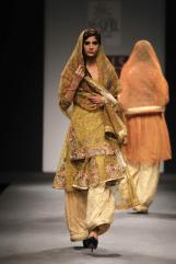 Vineet Bahl FW 2013 Collection @ Wills Fashion Week