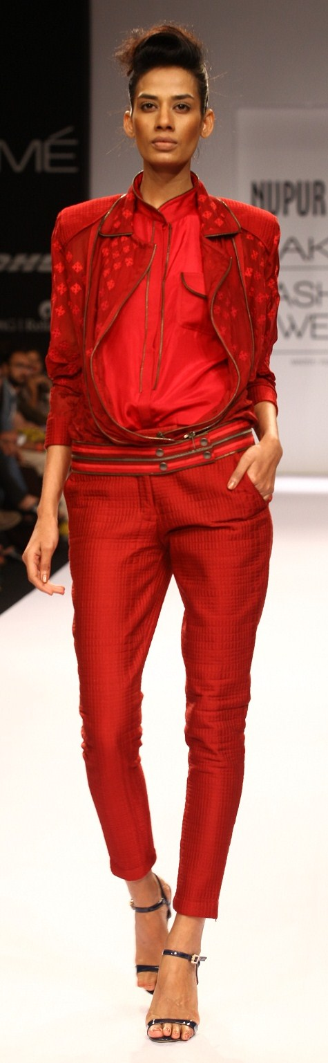 Nupur Kanoi at LFW WF 2013 1